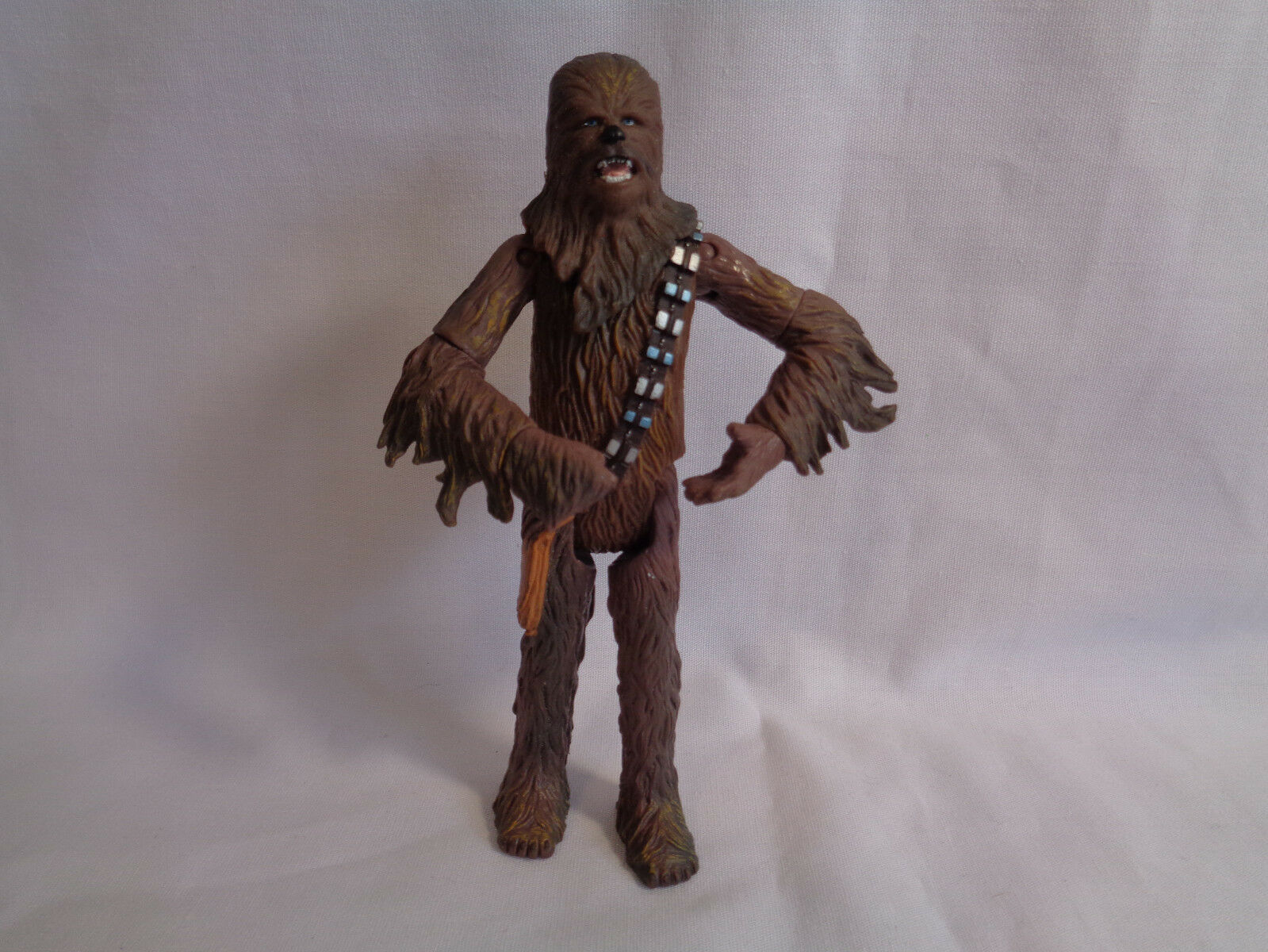 2001 Hasbro Star Wars Chewbacca Action Figure