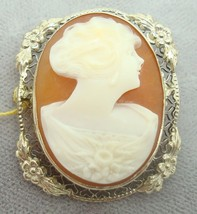 14K Gold Oval Genuine Natural Shell Cameo Brooch with Applied Flowers (#2146) - $277.88
