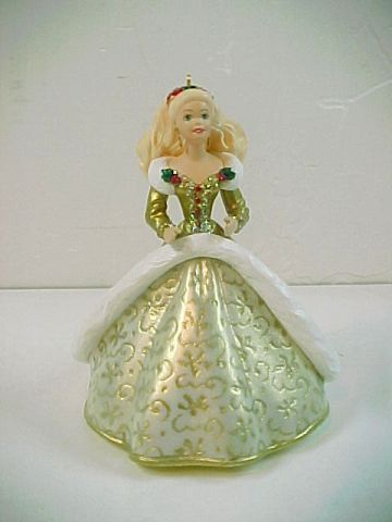 1994 Hallmark Keepsake Holiday Barbie Ornament  -No.  QX521-6