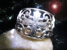 HAUNTED RING THE DIVINE EYE OPPOSITE OF THE EVIL EYE SECRET POWER OOAK MAGICK - $9,037.77
