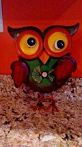 Owl Painted Sculpture New Whimsical Green Brown Yellow bow tie Whimsical... - $12.86