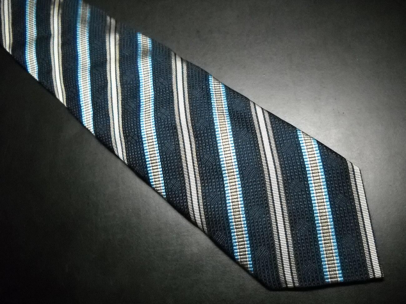 Tie givenchy paris blues diagonal stripes 02