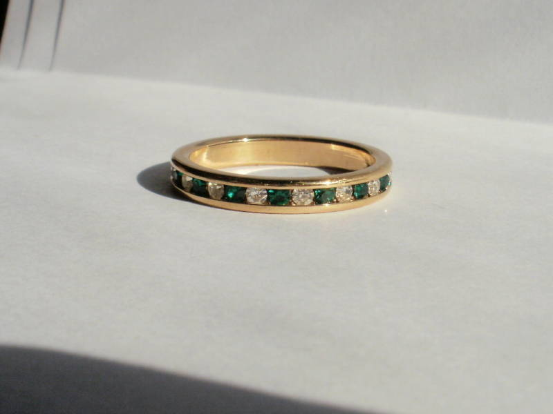 14K Yellow Gold Gep Eternity Band Ring Green and Clear Bonanza