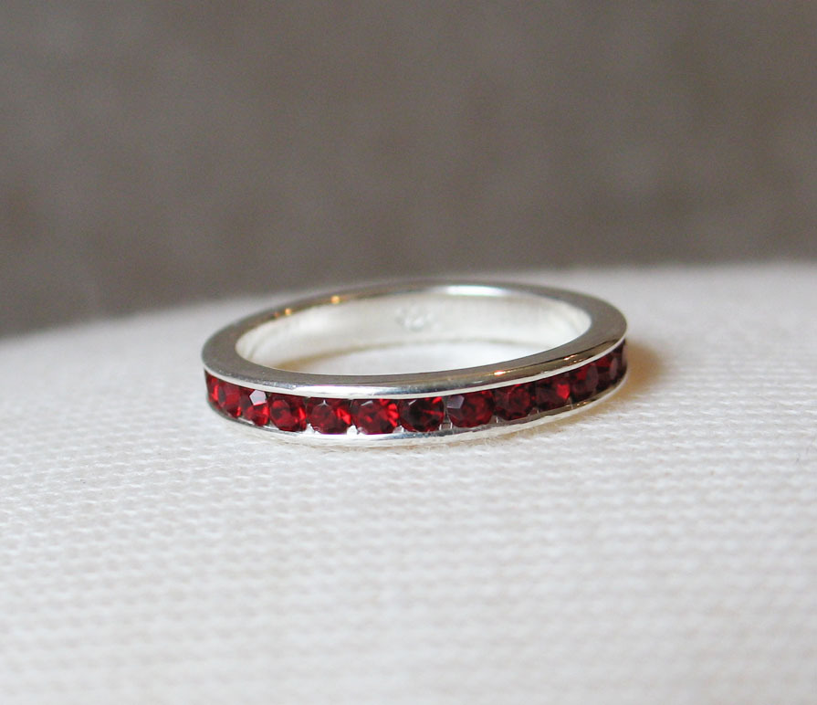 STERLING SILVER January Birthstone Garnet Red Austrian Crystal Ring SIZE 5, 8, 9 image 2