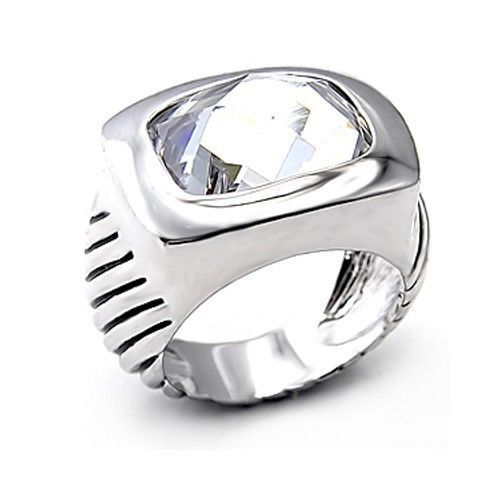 Silver Tone Cubic Zirconia Cocktail Ring - SIZE 8 (LAST ONE)