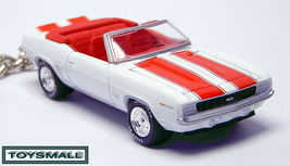 KEY CHAIN 69/70/1969 CAMARO SS CONVERTIBLE WHITE & RED - $39.95