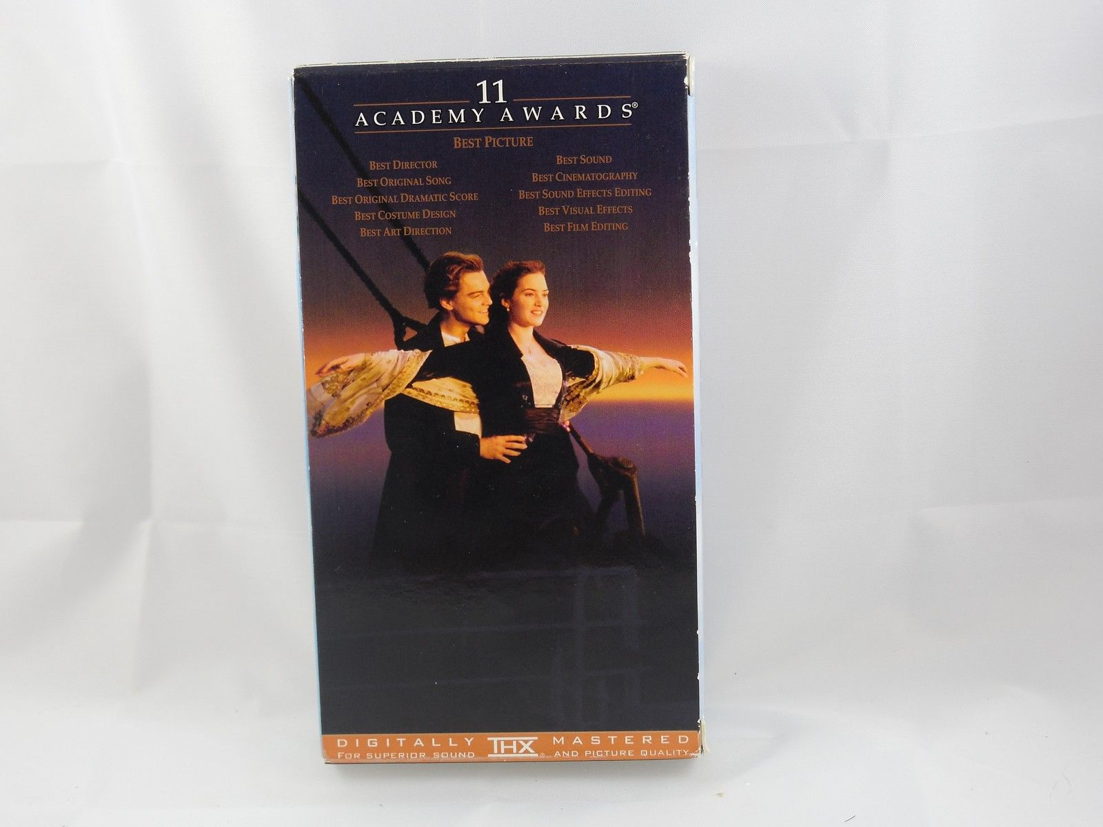Titanic (VHS, 1998, 2-Tape Set, Pan-and-Scan) image 2