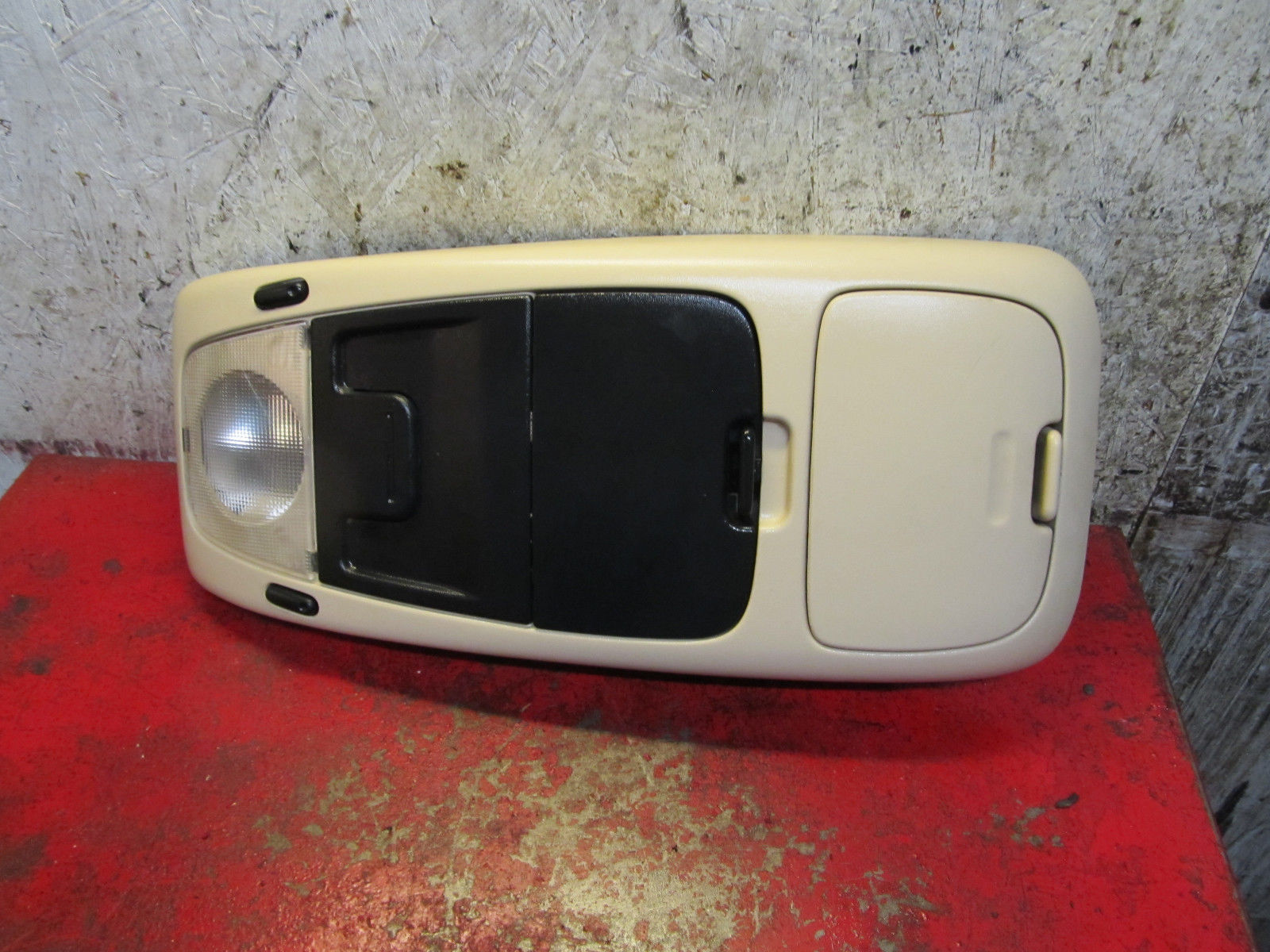 05 04 03 02 Ford Explorer Overhead Dome Map Light Console