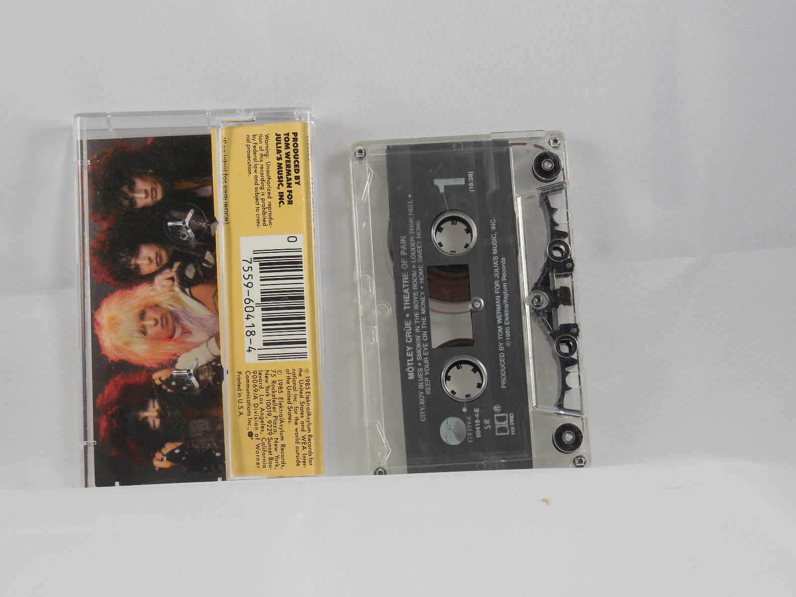 Theatre Of Pain by Motley Crue ( Cassette Elektra 1985 ) image 2