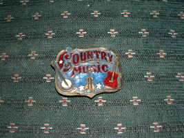 """THE GREAT AMERICAN BUCKLE """" COUNTRY MUSIC"""" W/ SERIAL NO image 1"""