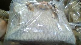 Michael Kors Grayson Signature Laether Vanilla Large Satchel / Crossbdoy... - $319.00
