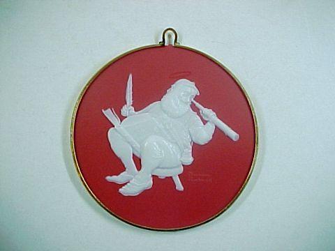 1986 Hallmark Norman Rockwell Santa Cameo Ornament