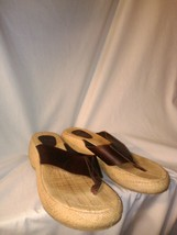 American Eagle Women's Leather Sandals Wedge Flip Flops Size 9 Rubber Soles - $20.89
