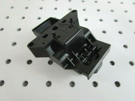New Electrolux Frigidaire Dishwasher Door Latch  5304516818 - $22.77