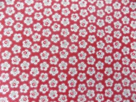 Floral Red White Rose Flowers 100% Cotton High Quality Fabric Material *3 Sizes* - $1.79+