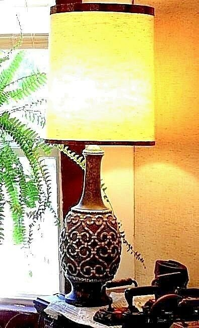 Electric Lamp with Shade Vintage AA18-1176L