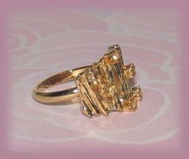 Vintage Ring Bamboo-look Fashion Costume Gold Tone Size 7 US