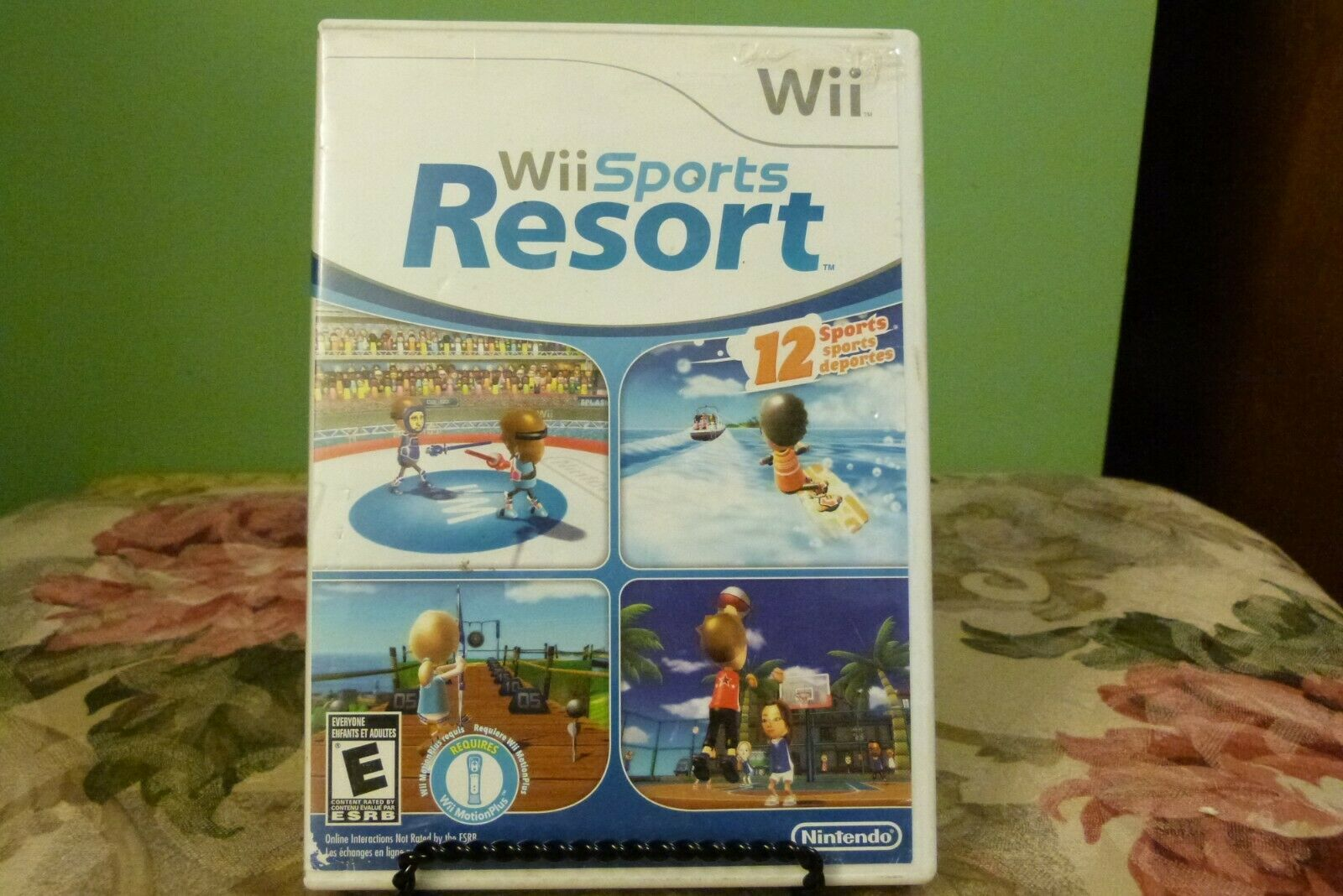 Wii Sports Resort (Wii, 2009) VG Condition W/Manual