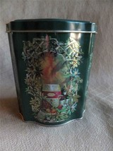 Avon Tin Christmas Canister Tin 1981 England green - $9.69