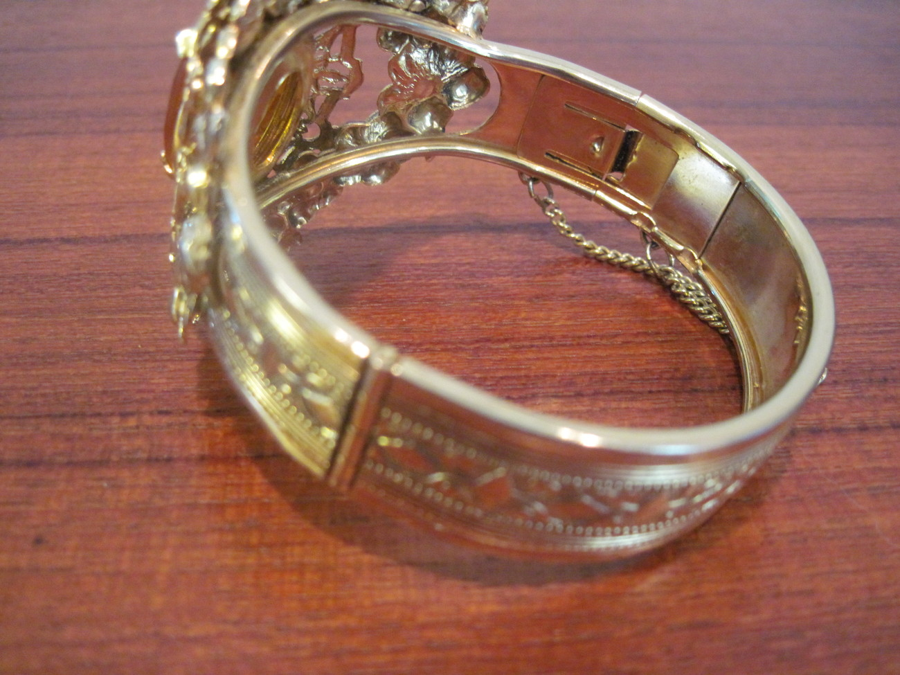 Vintage Costume Jewelry Topaz Gold Filagree Bangle
