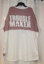 NEW WOMENS PLUS SIZE 3X TROUBLE MAKER ROSE COLOR BLOCK DROP YOKE SHIRT TOP - $19.34