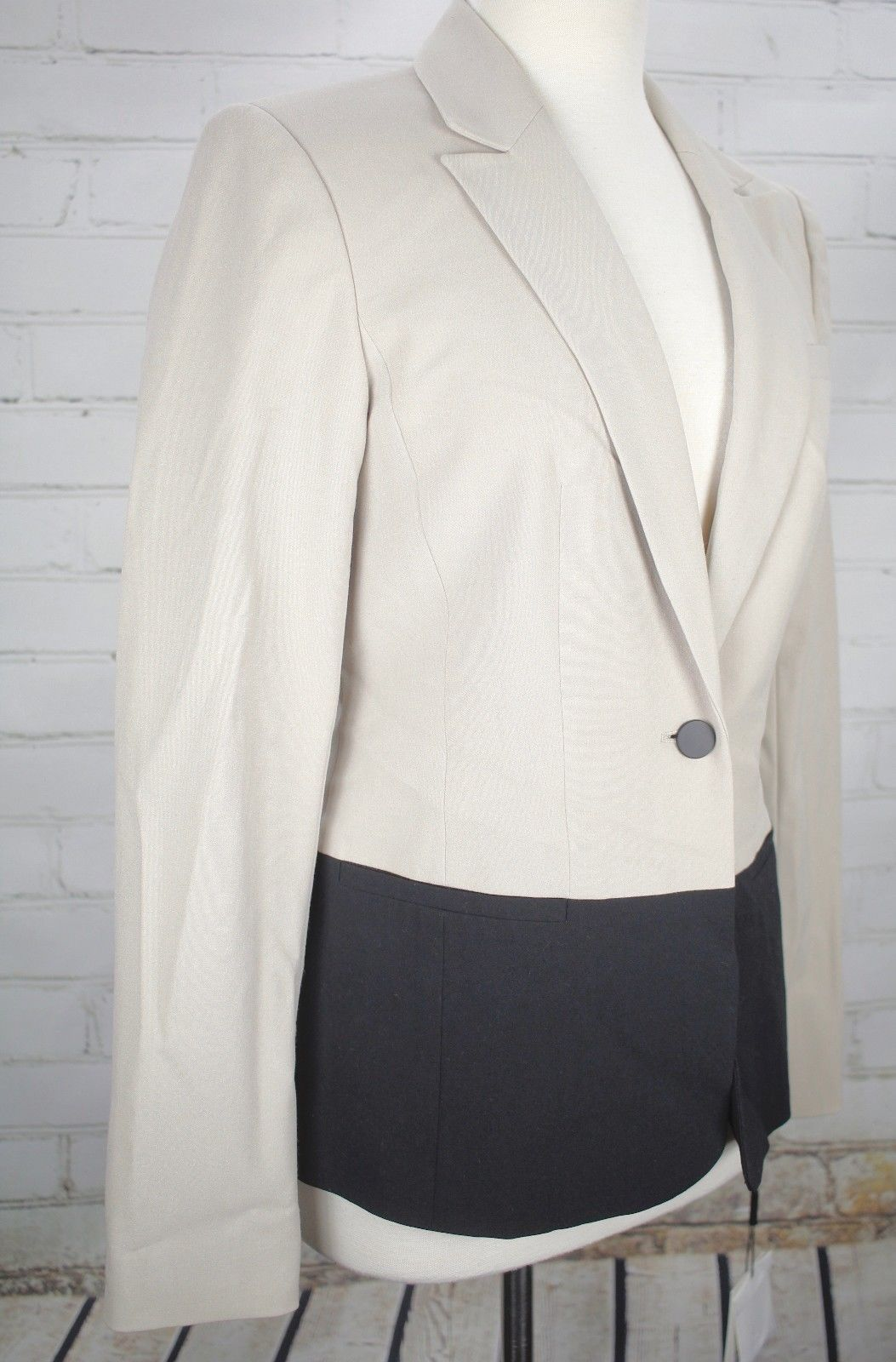 NEW CALVIN KLEIN  Suit Jacket Career Blazer Women's Size 4 Coat Khaki Black