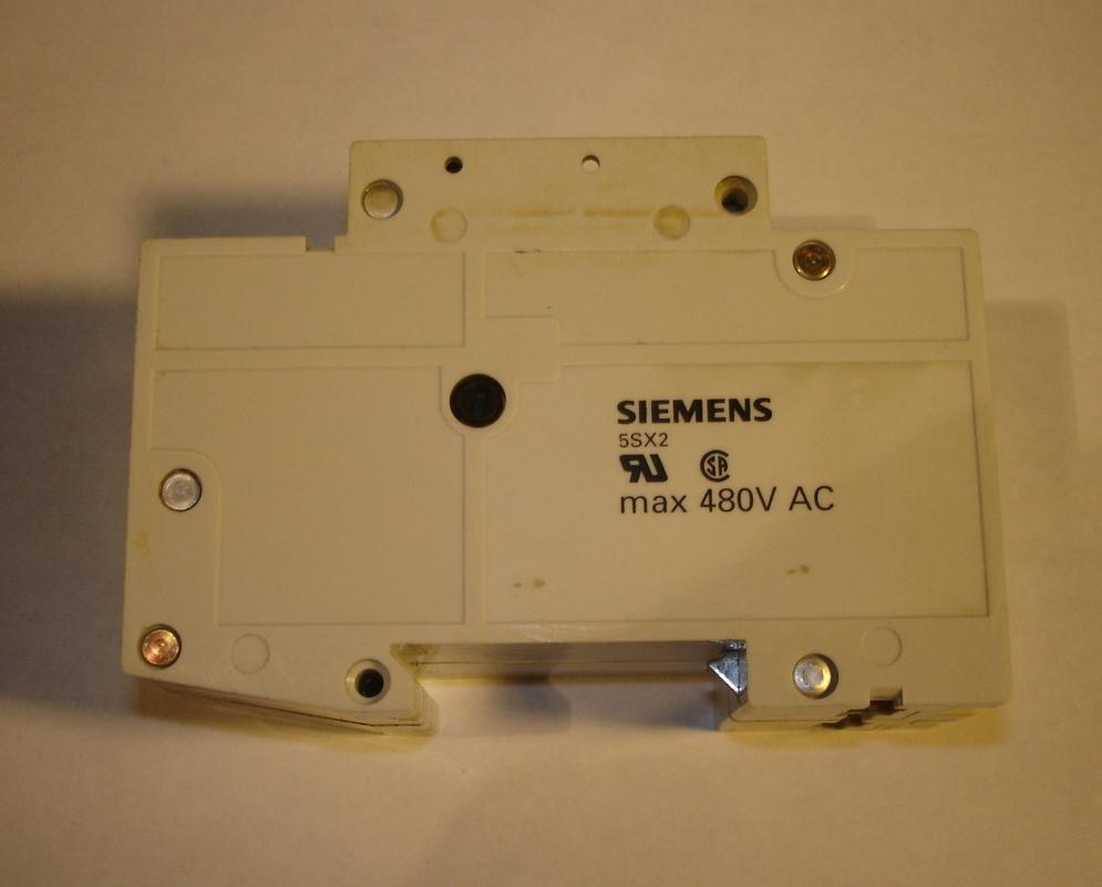 Siemens 2 Pole Circuit Breaker 5SX22 C0.5