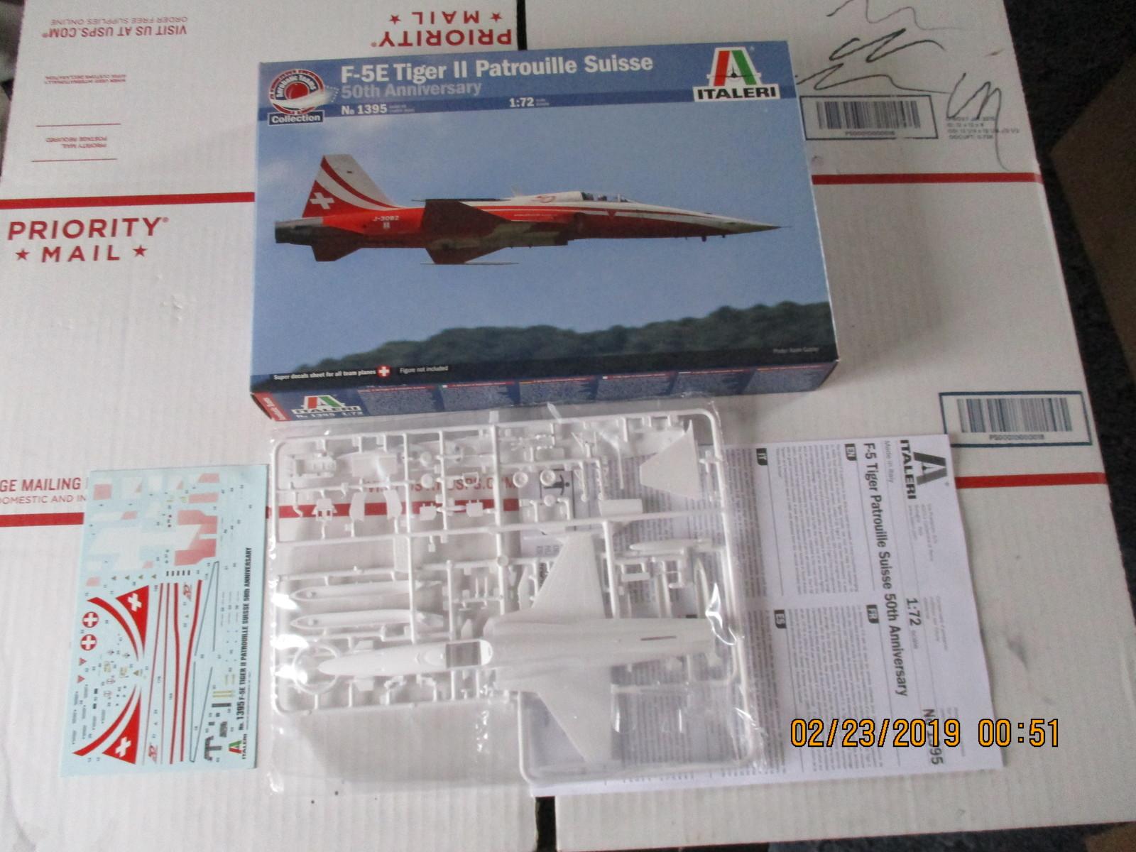 Italeri F-5 Tiger Patrouille Suisse 1/72 scale