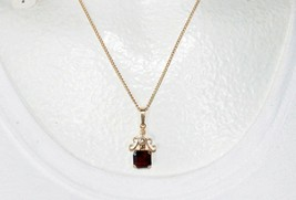ESTATE VINTAGE RUBY RED CZECH GLASS Faux Pearl Pendant Necklace NOS w/tag  - $6.44