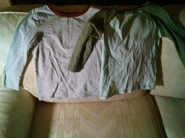 2 Old Navy Long Sleeve Shirts 4T Boys Green Gray  - $12.86