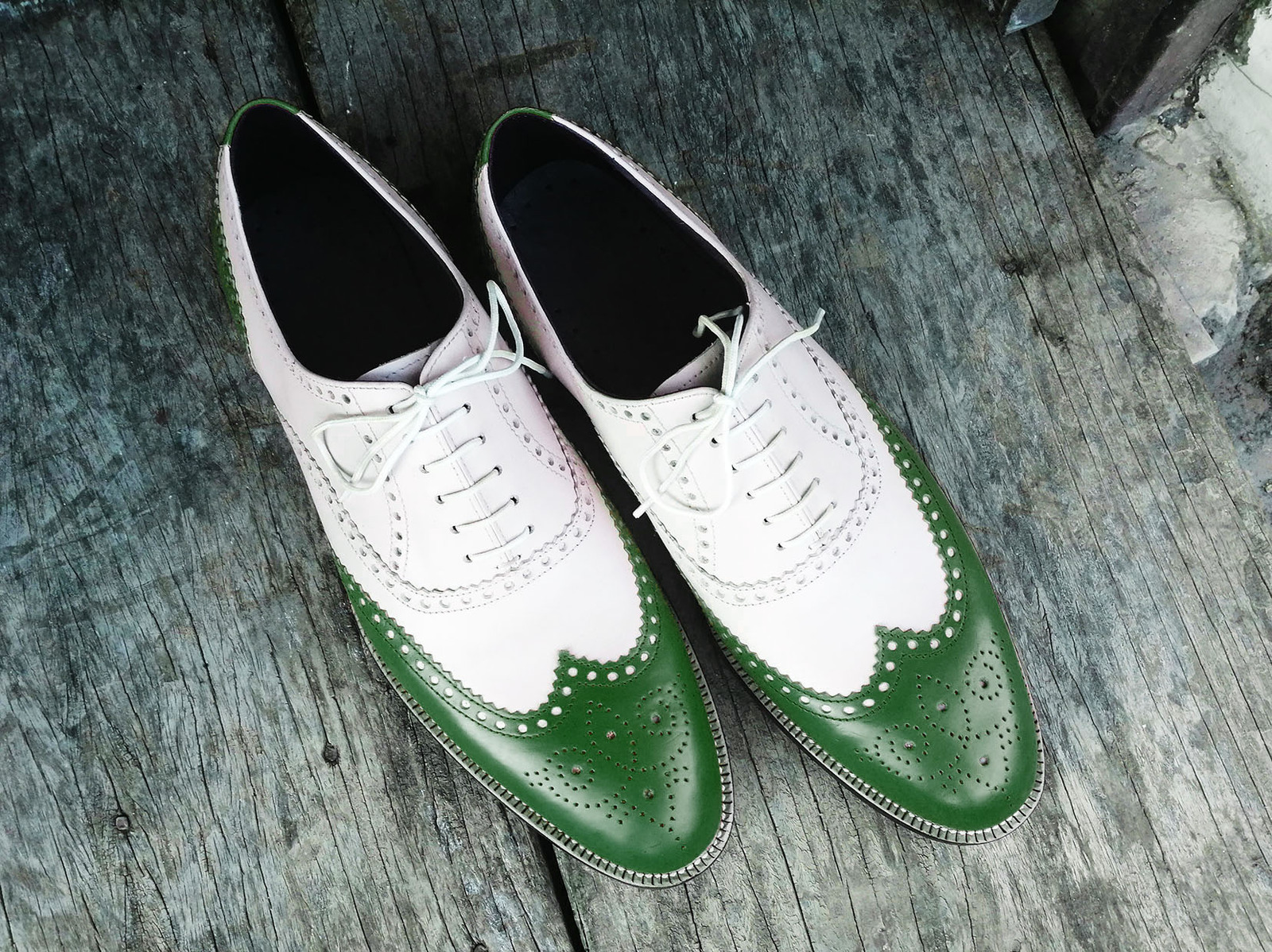 Handmade Men's Green & White Wing Tip Lace Up Dress/Formal Leather Shoes