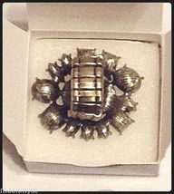 Avon mark FLOWER SHOW stretch ring burnished brass rhinestones Size 8-10 NIB image 3