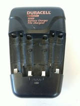 Duracell CEF14N NiMH Rechargeable Battery Charger 2.8VDC/360mA(4AA) 2.8V... - $12.23