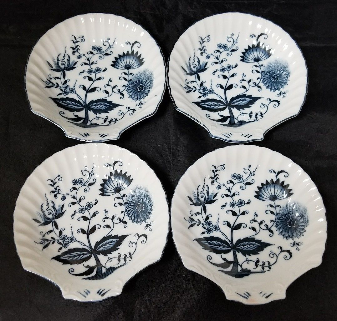 """Blue Onion Scallop Shell Bowls Set of 4 Clam Shell Plates 7""""×7"""" White, Swords image 9"""