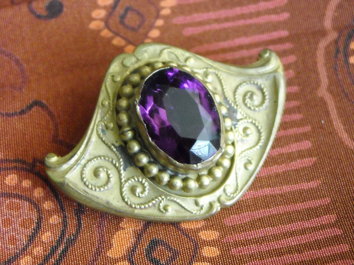"""Art Nouveau Brass Pin Brooch Pendant With Violet Setting """"C"""" Clasp Filigree"""