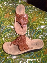 CLIFFS WHITE MOUNTAIN CHARTER 7.5M BROWN FLORAL THONG SANDALS WOMEN'S MR... - $24.74