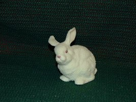 Dept 56 Porcelain Bisque Easter Bunny Rabbit Figurine Snowbunnies 1997 4... - $6.86