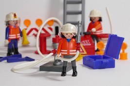 Playmobil Rescue Jump Team #3881 Replacement Parts - $12.99