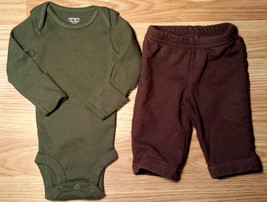 Boy's Size NB Newborn Two Piece Carter's Green Ribbed L/S Top & Brown Pants - $17.50