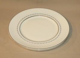 2 Dinner Plates Royal Doulton Tiara H4915 Fine Bone China Gray Vine Platinum - $24.70