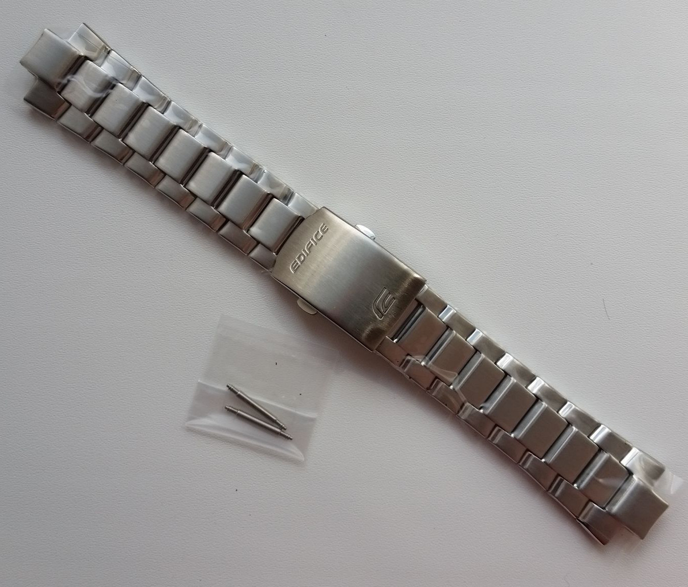 Primary image for Genuine Replacement Watch Band 15mm Stainless Steel Bracelet Casio EF-562D-1A