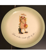 """Hollie Hobbie Collector's Edition 10 1/2"""" Plate Love Is The Nicest Gift - $9.90"""