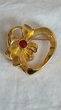 """1.5""""AVON DESIGNER SIGNED WRAPPED HEART RUBY BROOCH PIN,GOLD TONE,JULY BI... - $9.89"""