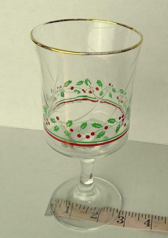 Arbys Arby's Christmas Collection 1985 Glass Holiday Stemware   Vintage