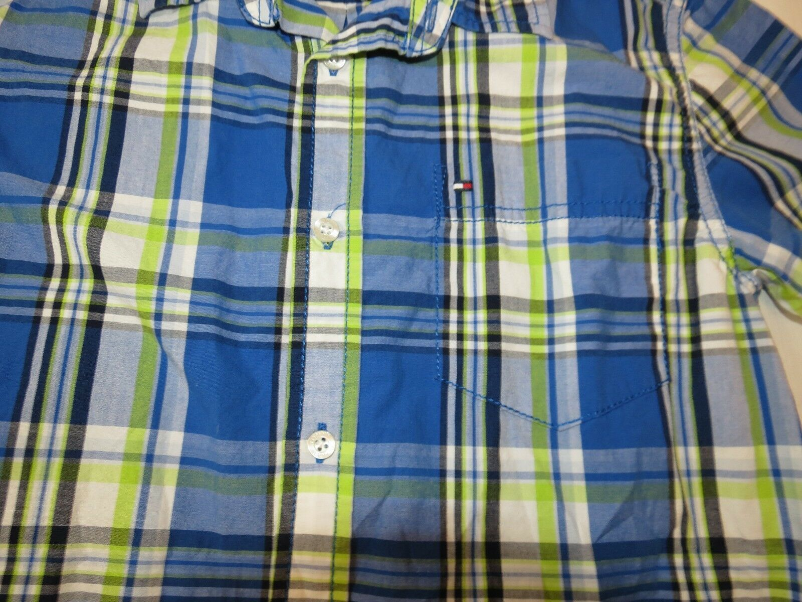 Boy's youth Tommy Hilfiger Plaid button up short sleeve shirt Boys L 16/18 EUC image 3