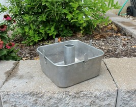"""Vtg Aluminum MIRRO 9""""x 9""""x 4"""" Cooling Legs FOOTED Tube Angel Cake Pan  2... - $49.99"""