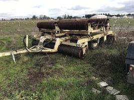 1999 John Deer 7720 Titan II and a Dunna Wing Fold For Sale in Hillsboro, Oregon image 2