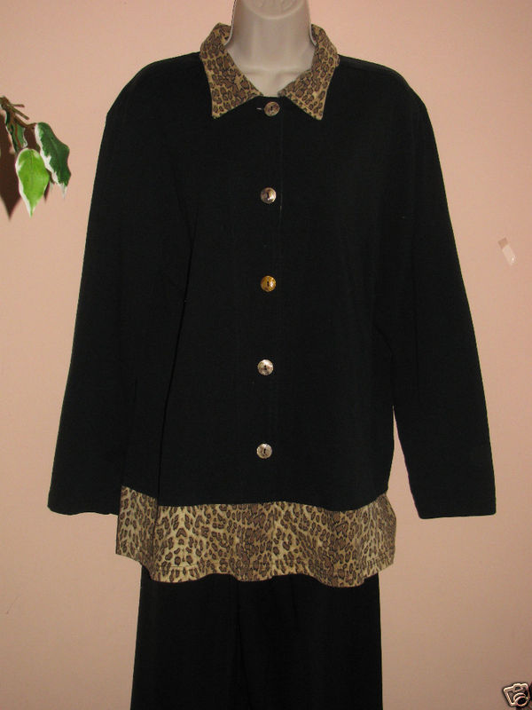 "COVER CHARGE ANIMAL PRINT KNIT JACKET SH 2 S 17""-BUST 40""-SLEEVE 23""-LENGTH 28"" image 1"