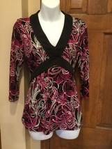 EUC  Womens Ann Taylor Loft Blouse Low V Neck Black Pink Shirt Top S 4-6 - $18.20