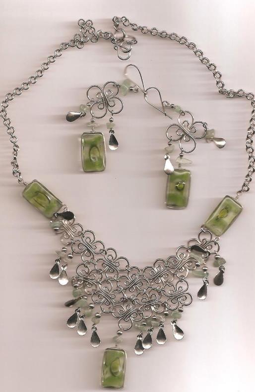 Alpaca Green -Tri Necklace  w Earrings (WK-4)